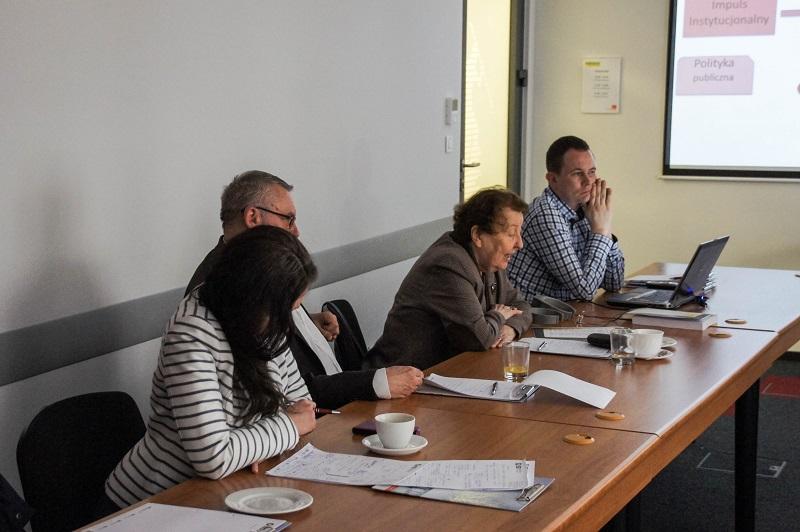 Seminarium IBD Polska gospodarka a centrum i peryferie 23 kwietnia 2015. Fotorelacja