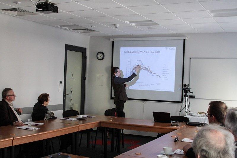 Seminarium IBD  Przemysł na peryferiach 19 marca 2015. Fotorelacja
