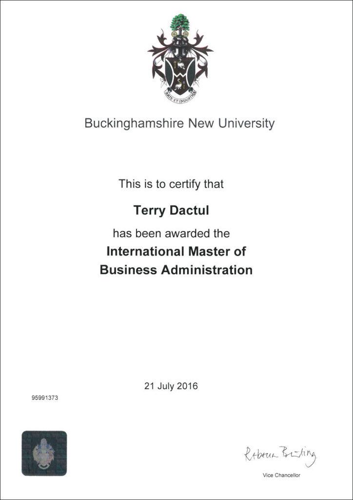 Dyplom International MBA