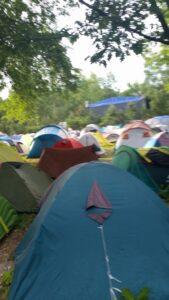 wydzielony teren na namiot